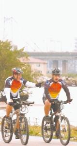Elyandro e Joaquim. Foto: Daniel Conzi.