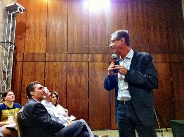 Tales de Carvalho falou dos benefícios da inserção da atividade física intrínseca aos deslocamentos. Foto: Fabricio Sousa.