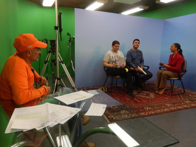 """Preparativos para a gravação do """"Impressões"""", em 16 de julho. Foto: Luis Antônio Peters/ViaCiclo."""